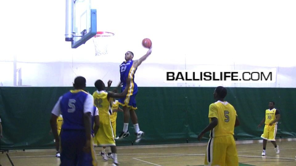 DOD: 6'5″ Justin Anderson Skies High for the Throw Down (Day 1 of 2011 NIKE EYBL – Boo Williams)