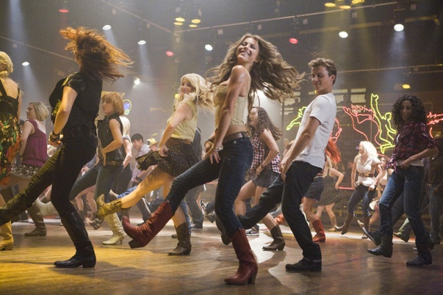 footloose-2011-20110519002936670_640w-4e5ebbbd41f7f
