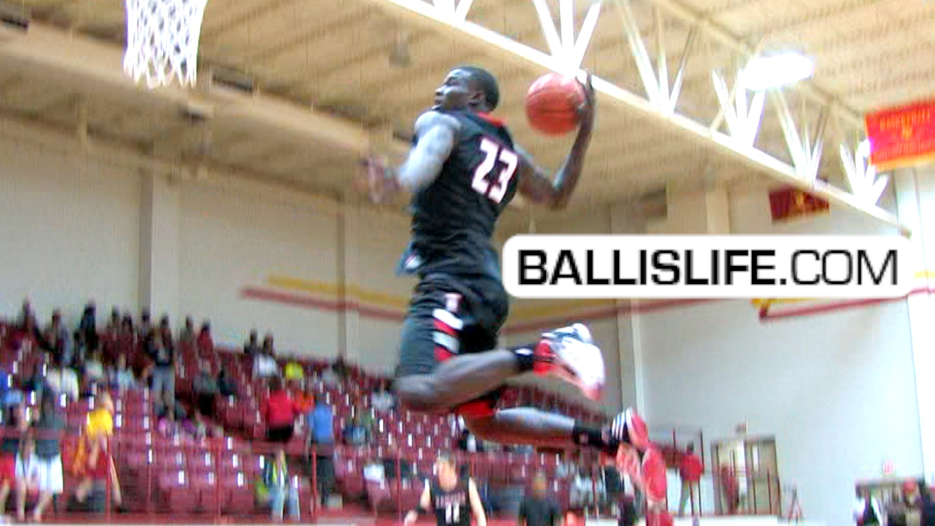 Ballislife | Derrick Griffin Dunk of the Day