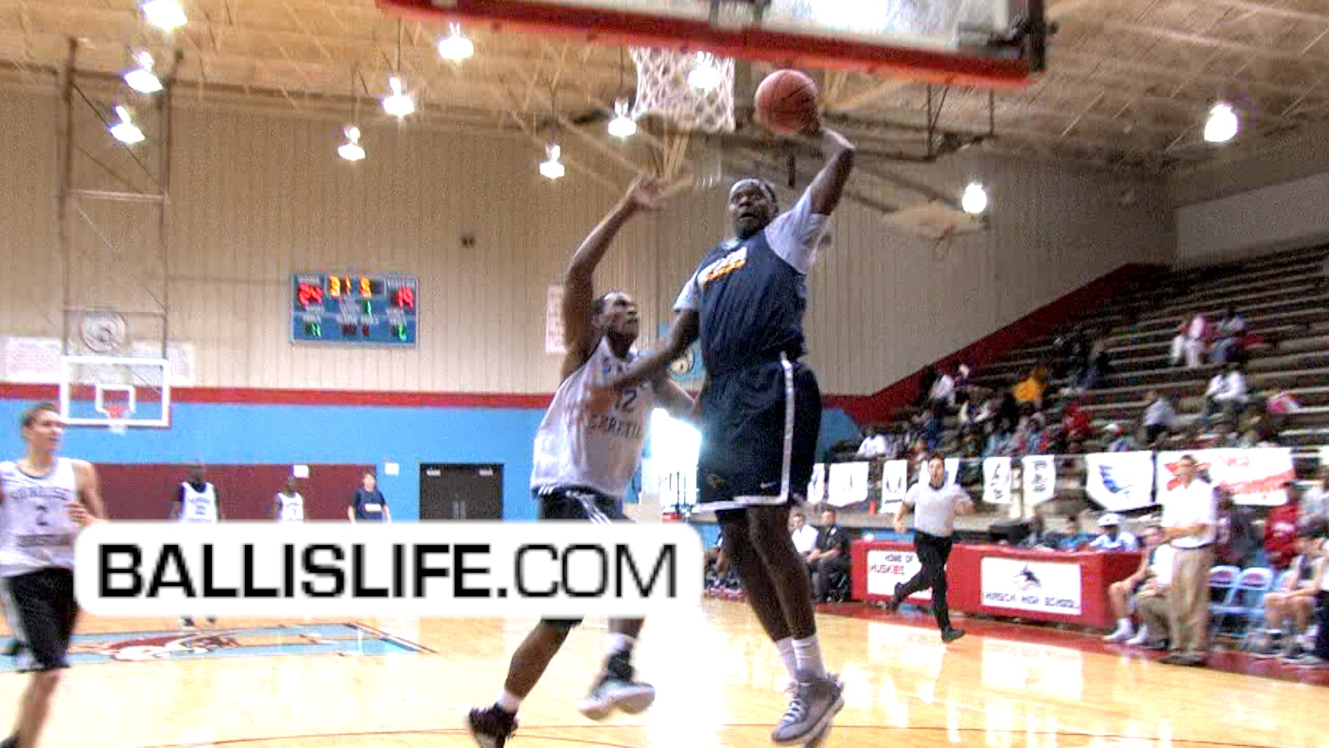 Ballislife | Julius Randle Dunk