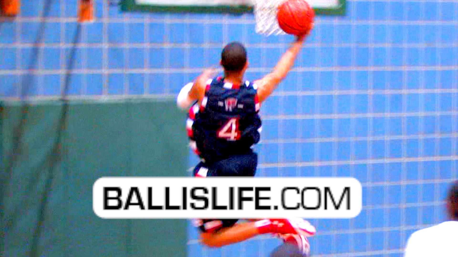 Ballislife | Keith Frazier at Thanksgiving Hoopfest