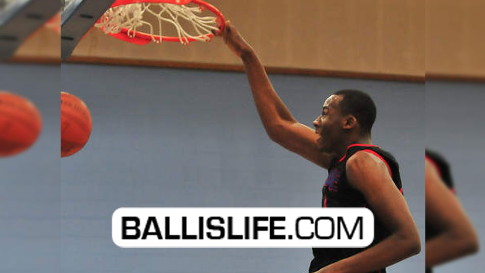 10th Grader 6'9 Cliff Alexander dominates around the basket – Chicago Curie Super Athletic Sophomore!