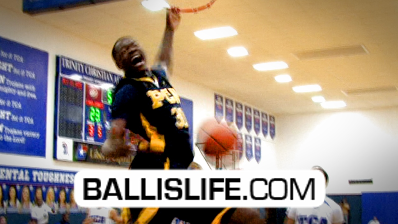 Ballislife | Julius Randle Dunk in High School