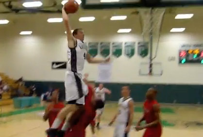 Matt Shrigley one-handed posterizing dunk against La Verne Lutheran