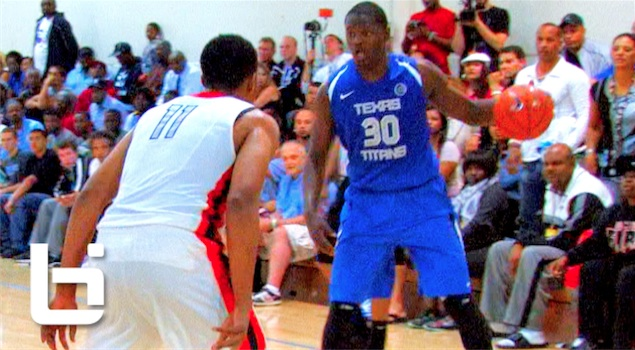 Ballislife | Julius Randle vs Jabari Parker