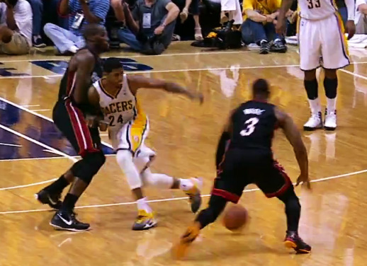 Dwyane Wade 41pts 10rebs 1nasty crossover on Paul George