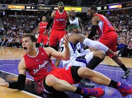 Chris Webber warns Blake Griffin about flopping