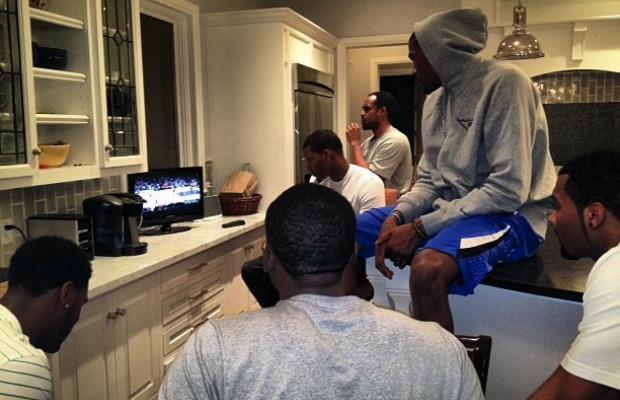 Size doesn't matter? OKC Scouting the lakers on a 13 inch flat screen ?