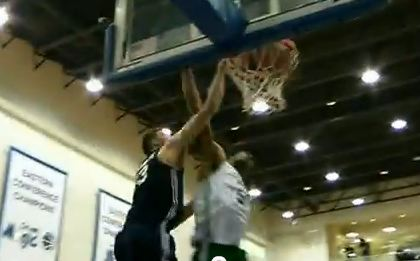 Miles Plumlee Serves 2 Facials In Summer League Game!