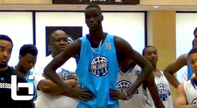 Top player in 2016, 7ft. Thon Maker shows unique skill set at Washington DC Under Armour Grind Session