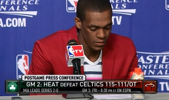 15-rajon-rondo-with-the-dinner-jacket-and-a-shirt-with-a-single-pink-stripe