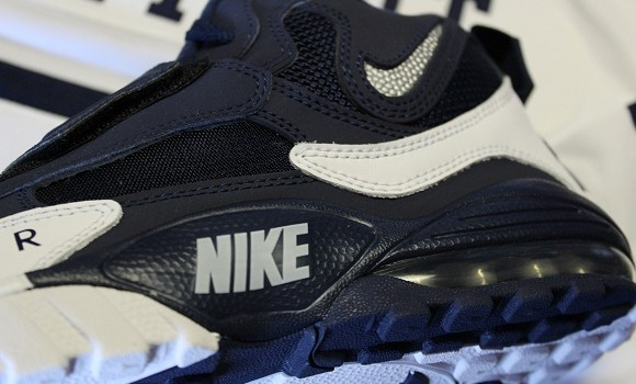 Nike-Air-Max-Speed-Turf-Cowboys-2