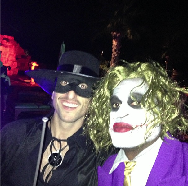 Spurs have some great Halloween Costumes + Wade, Clips