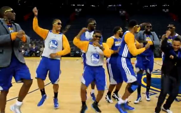 Warriors & Blazers Rookie Initiation! Gangman Style & Dougie In Front of Home Crowds!