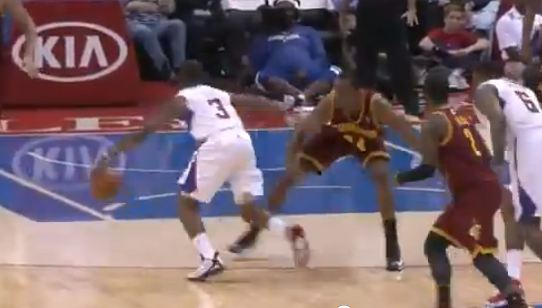 Chris Paul Shakes The Entire Cavz Team & Lay-Up! Ridiculous Handles!!