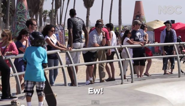 DeAndre Jordan Farts On People At Venice Beach; Pure Comedy! [Video]