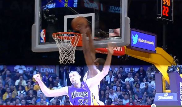 Metta World Peace Catches 2 Hand Oop On Defender!