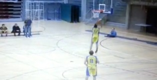 Player misses 4 wide open layups in a row on his own basket