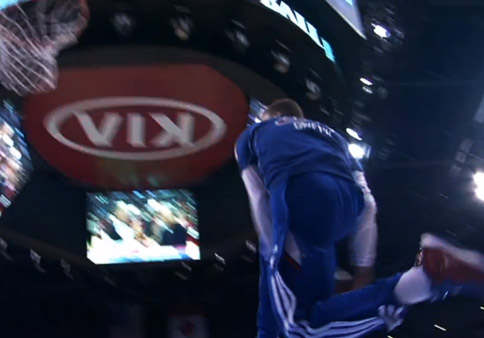 Blake Griffin Between the Legs Dunk during pre-game warmups