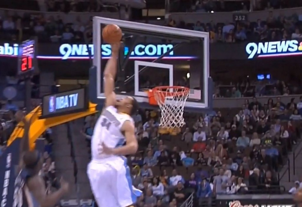Javale McGee SNATCHES the ball outta the air on Z-Bo's shot!