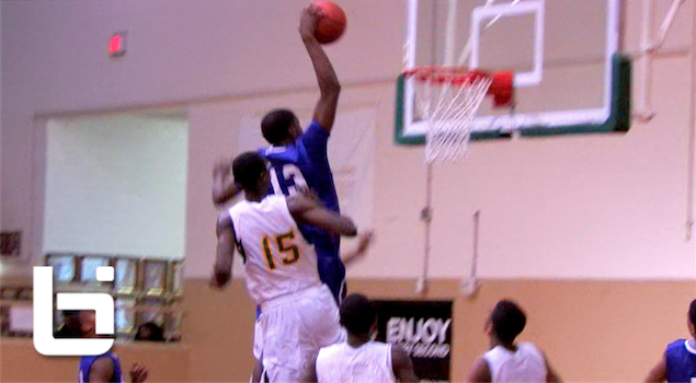 Emmanuel Porter NASTY Dunk On 2 Defenders!