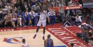 Chris Paul half-court alley-oop to DeAndre Jordan who gets his HEAD to the rim!