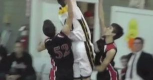 Michaiah Murray Posterizes 2 Defender&#8217;s!! White Boy Gettin&#8217; UP!