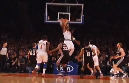JR Smith 1hand reverse alley oop dunks a pass that wasn't supposed to be an oop