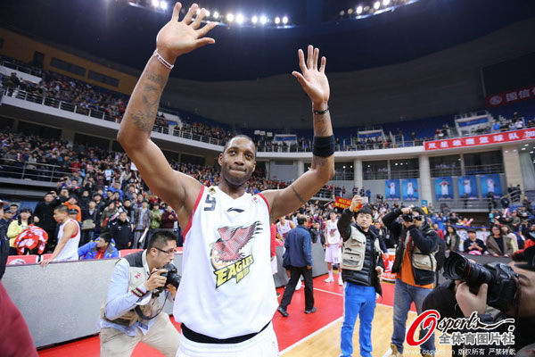 T-Mac gets 1st triple double in China but loses to Eddy Curry's (30pts) team