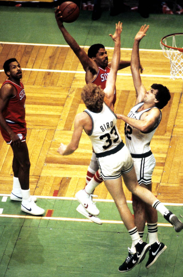 julius-erving-larry-bird-dunk-600x910