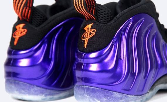 nike-air-foamposite-one-electro-purple-total-orange