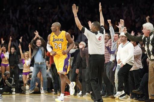 Kobe's 3 amazing clutch 3 pointers and OT dunk vs the Raptors | Pavlov's Dogs vs Lakers' Kobe