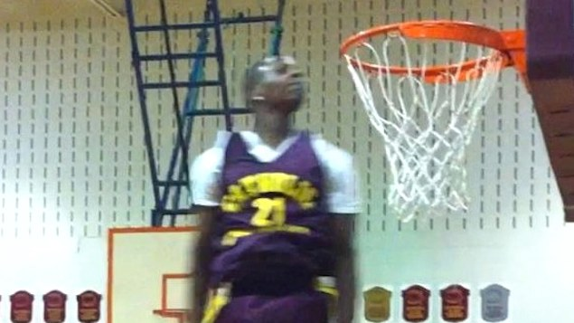 "5'10"" Shavon Gayle EYES at the Rim. 2 Poster Dunks in the Same Game"