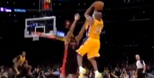 Kobe Bryant 3 CRAZY Clutch 3′s to Force Overtime vs Raptors!
