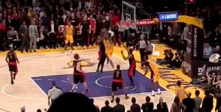 Kobe Bryant's Game Sealing Dunk In OT By 2 Raptors Defenders!!