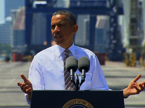 Politics_ObamaMiami_329_480x360