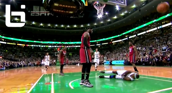 LeBron James CRAZY Dunk on Jason Terry!  RIP JET / BEST MEMES
