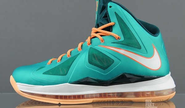 nike-lebron-x-10-setting-new-images-available-early-2-600x472