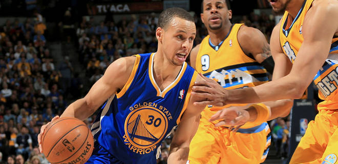 Steph Curry 30 points 13 assists 1 ankle injury in GM2 vs Denver