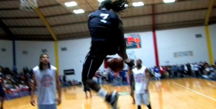 Kenneth Faried Makes the Between The Legs &#038; Windmill Dunk Look Easy!