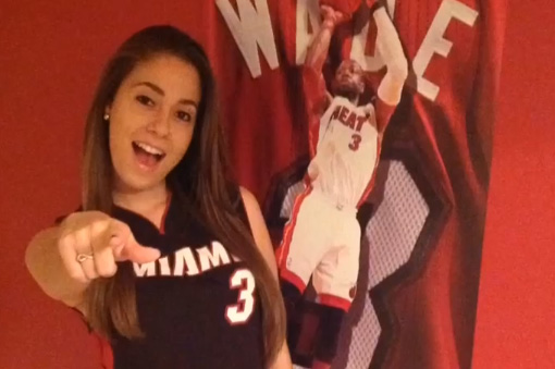 HS senior asks Dwyane Wade to prom / Wade is flattered