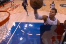 Blake Griffin changes mind in mid air & switches from finger roll layup to dunk