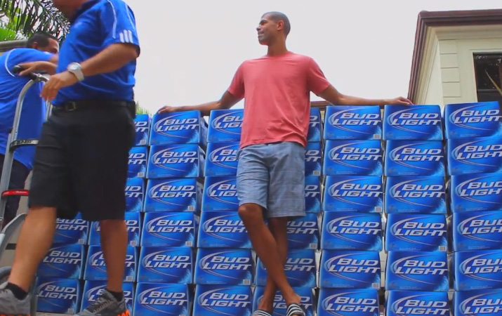 Bud Light delivers 26,400 cans of beer to Shane Battier's house
