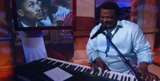 Craig Robinson sings &#8220;A Song For Derrick Rose&#8221; on SportsNation