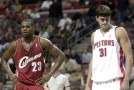 Darko Milicic&#8217;s 1st NBA game / Darko vs LeBron 2003
