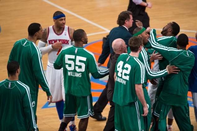 knicks-fight-celtics-game-5 (1)