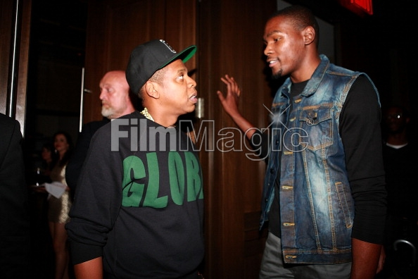 Kevin Durant joining Jay-Z's Roc Nation Sports