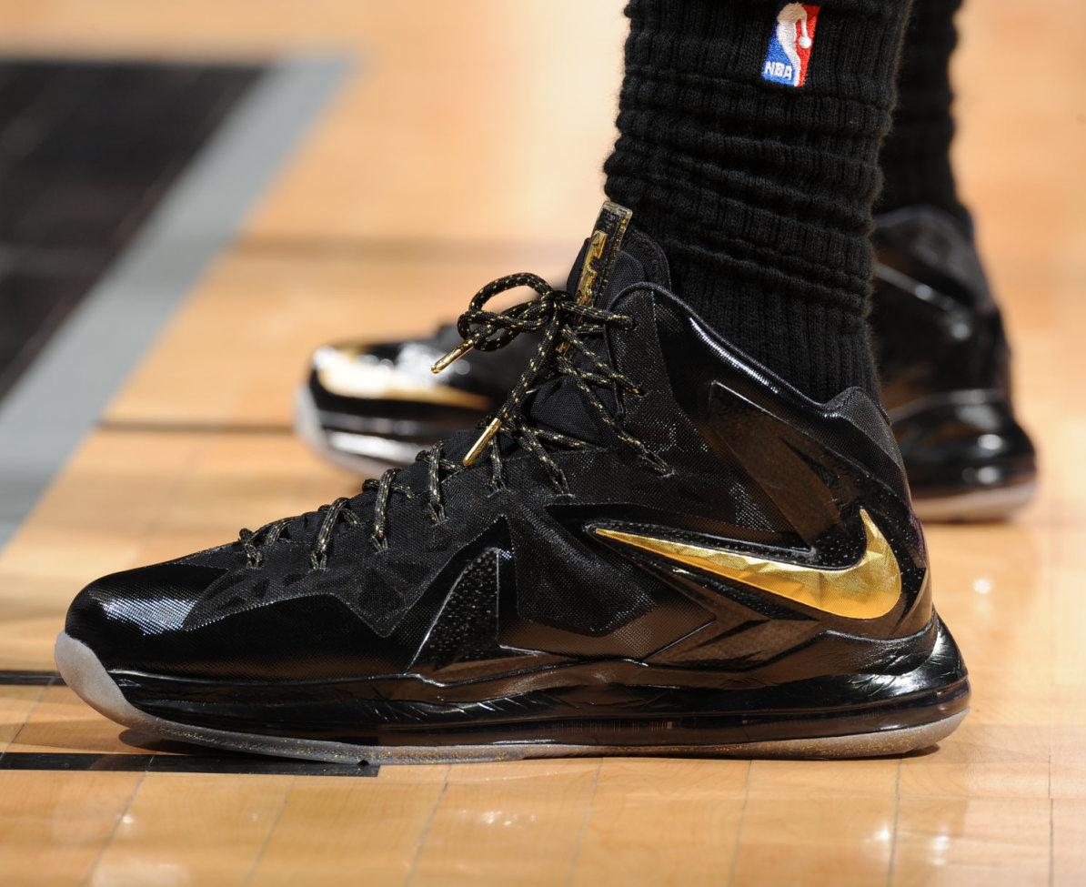 Lebron James Rocking Gold/Black Lebron X