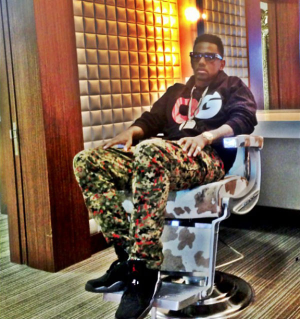 Fabolous Rocks Retro Jordan VIII's On Set.