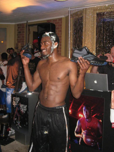 john-wall-shirtless-birthday-1